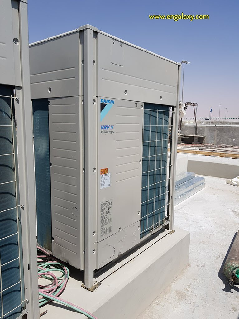 Outdoor VRV unit on Roof